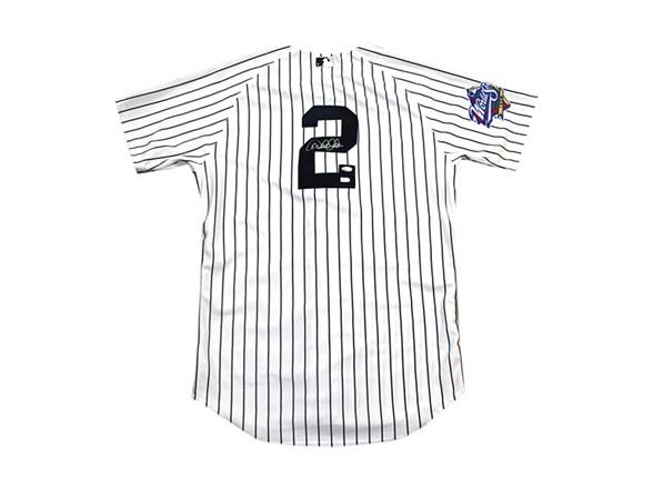 huge inventory 3be20 6fb80 Derek Jeter Yankees Signed Jersey