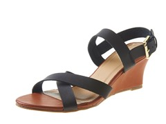 Carrini Criss-Cross Low Wedge Sandal, Blk