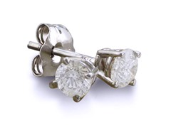 .15ct Diamond Stud Earrings