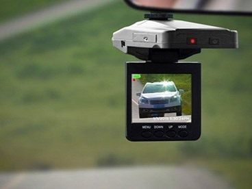 Dash Cams & Rearview Mirror Cams