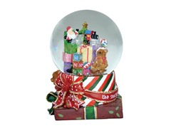 Christmas Gifts Musical Snowglobe