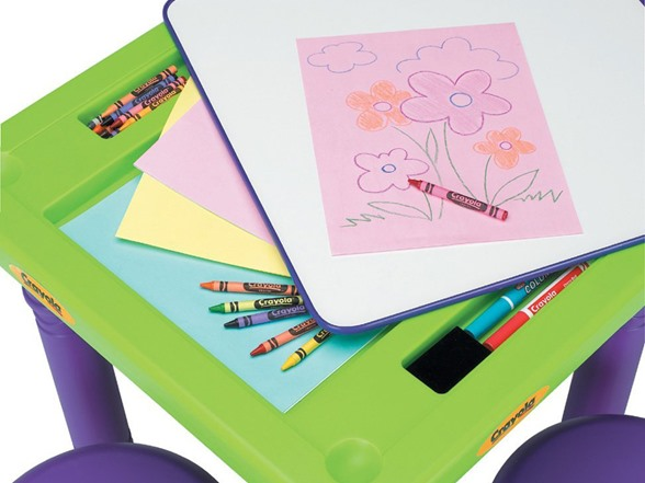 Crayola Sit N Draw Play Table Kids Amp Toys