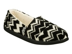 Skechers Women's Bobs Slipper, B&W (6)