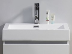 "24"" Zuri: Single Sink Bathroom Vanity- White"