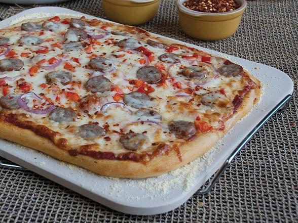 Rectangle Pizza Stones : Rectangle pizza stone with wire frame