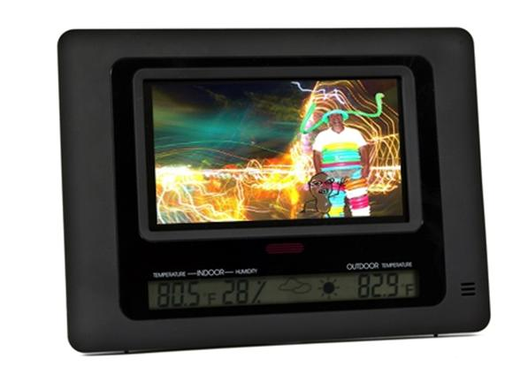 Polaroid 7 Digital Picture Frame With Wireless Weather Station