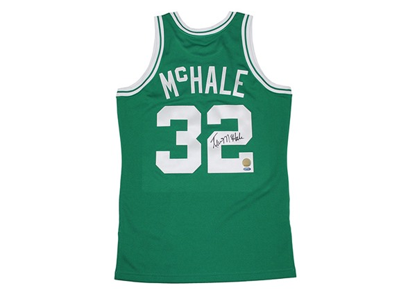 official photos 98203 6bdd8 Kevin McHale Signed M&N Green Jersey