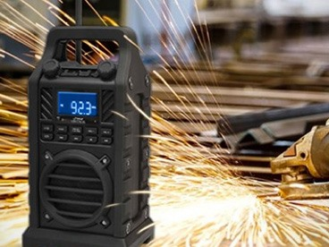 Outdoor Bluetooth Speaker with Radio