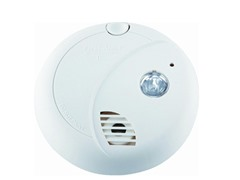 First Alert Smoke Alarm w/ Escape Light