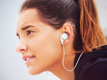 Aduro Amplify Play Bluetooth Headset