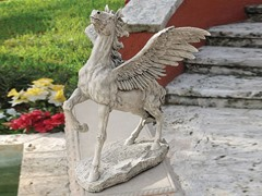 Grand Pegasus Winged Horse Statue