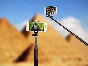 Selfie Sticks