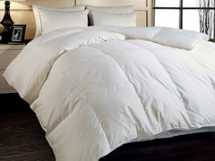 700TC Down Comforter-White-3 Sizes