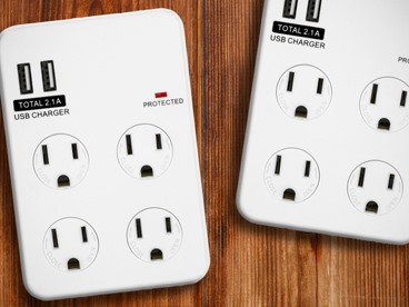 Surge Protected Wall Plug & Power Strip