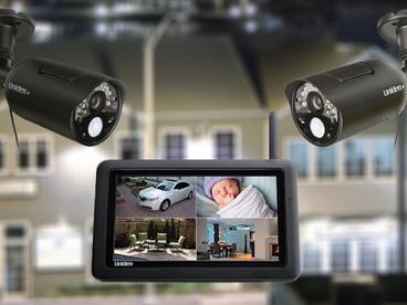 Uniden Touchscreen w/ 2 Security Cams