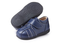 Squeaky Shoe - Brandon, Navy sz 8