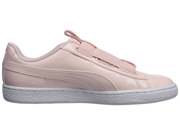 9504b8ff17 PUMA Women's Basket Maze Wn Sneaker