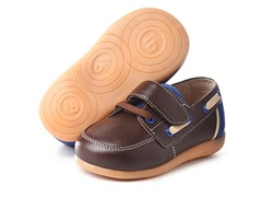 Squeaky Shoe - Parker, Brown/Navy (3-8)