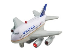 United Airlines Pullback Plane