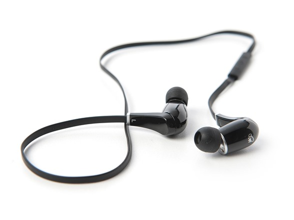 bluetooth in ear headphones black electronics woot. Black Bedroom Furniture Sets. Home Design Ideas