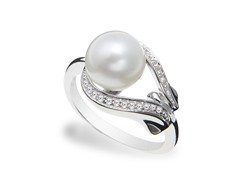 SS, Freshwater Pearl, White Topaz Buckle Ring