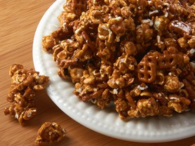 Candy Basket Caramel Pretzel Corn 18 oz
