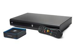 TiVo Premiere XL4 DVR & Stream Bundle