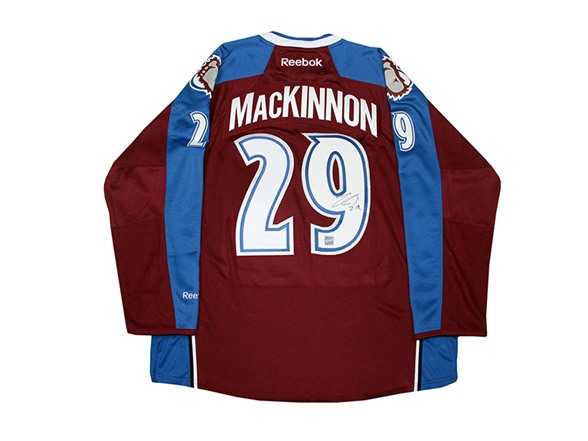 the best attitude 7fe5d dbb76 Nathan MacKinnon Signed Avalanche Jersey