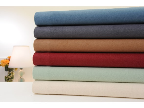Image of Solid Flannel 4 Piece Sheet Set