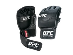 UFC Striker Glove (Small/Medium)