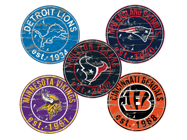Fan Creations NFL Round Distressed Sign