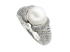 Edgewater Sterling Silver & Freshwater Pearl Ring