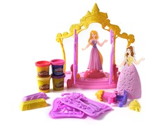 Disney Princess Design a Dress Boutique