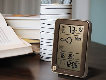 Gadgets For Weather (And Clocks)