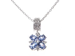 SS Tanzanite & White Topaz Flower Pndt