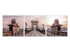Roaring Budapest
