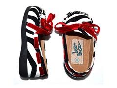 Squeaker Shoe - Kayla, Zebra (Tod 3-8)