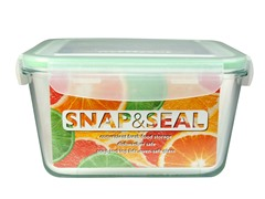 Snap & Seal 67oz. Square Container