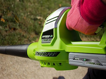Be Yard Smart with Earthwise Tools