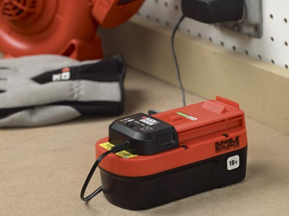 Black Amp Decker 18 Volt Cordless Trimmer Sweeper Kit