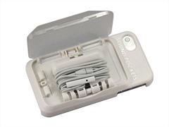 iPhone 4/4S Case with Headphone Storage
