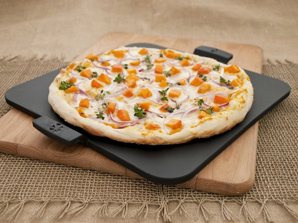 Rectangle Pizza Stones : Square glazed pizza stone with handle