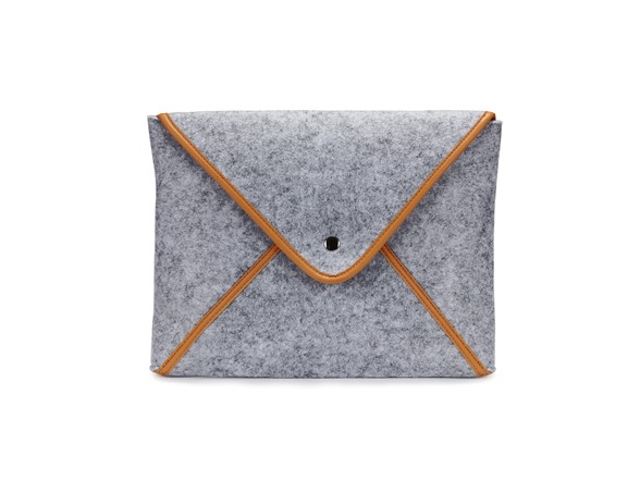 Image of 1voice The Classic Laptop/tablet Sleeve W/ 10,000mah Battery