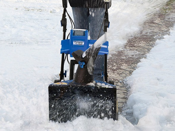 Best Electric Snow Blower For Heavy Snow : Snow joe electric throwers your choice