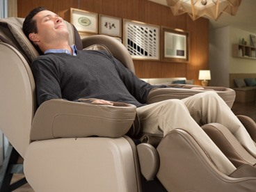 Navitas Zero-Gravity Massage Chair
