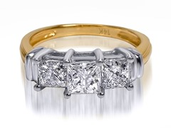 1.00 CTTW 3-Stone Princess Cut Diamond Ring - Yellow Gold