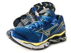 Mizuno Men's Wave Creation 12 Shoe (7.5)