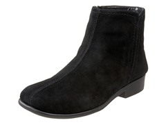 Aerosoles Duble Trouble Boot, Black Suede