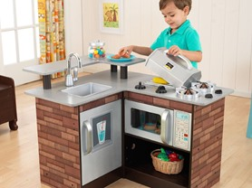 KidKraft Chillin' & Grillin' Wooden Kitchen