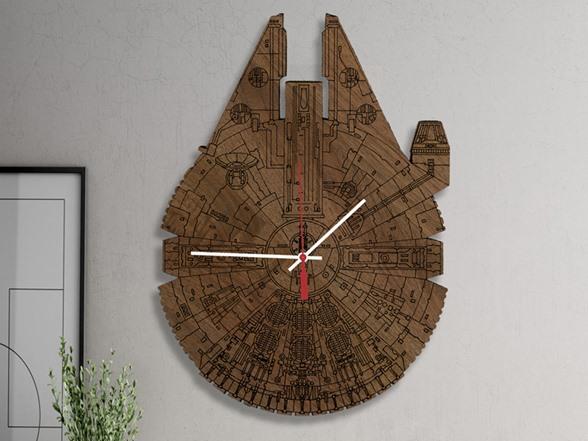 Millennium Falcon Wooden Engraved Clock 2 Colors